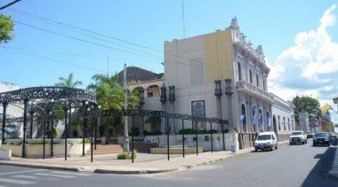 Municipales de Corrientes esperan que esta semana se concrete la convocatoria a reabrir paritarias