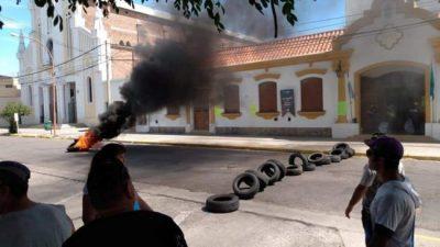 Comenzó el paro de trabajadores municipales en Punta Alta