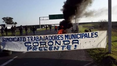 Coronda: el intendente habla de una situación límite y los municipales cortan la autopista
