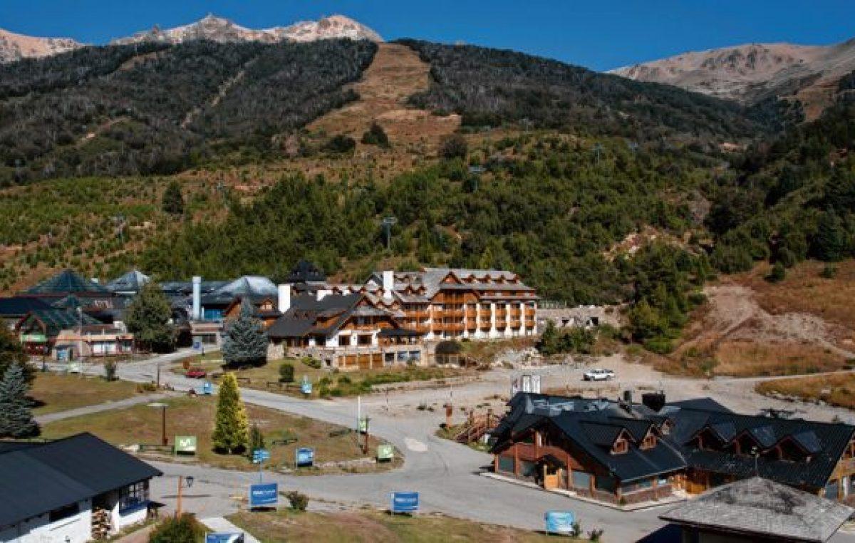 Bariloche: El ministro Lammens opinó del cerro Catedral y la tasa al turista