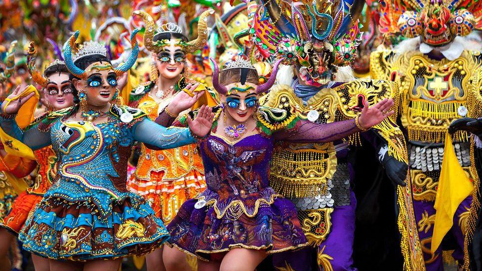 Un paseo por los mejores carnavales del país y el mundo