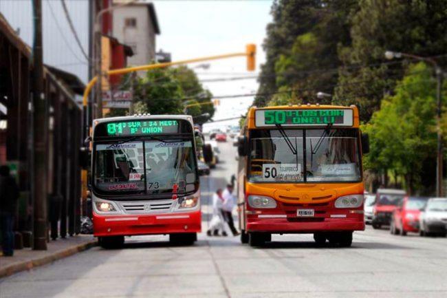 Provincia de Río Negro transferirá a municipios el dinero para mantener el costo del boleto del transporte