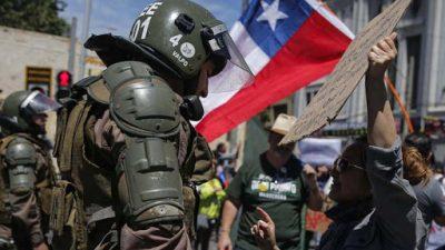Piñera denunció «demasiada violencia» en Chile y carabineros reforzó su operativo policial