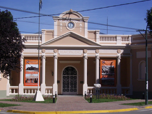 Trabajadores municipales de Esquel en asamblea aceptan contraoferta de incremento salarial