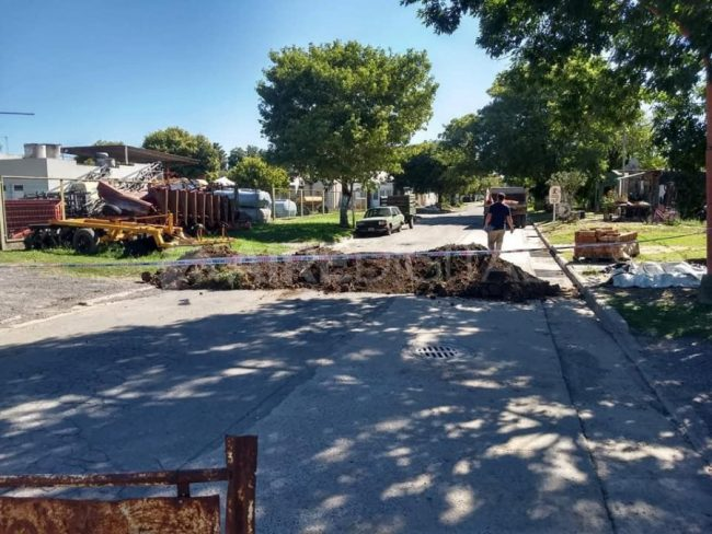 El gobernador de Santa Fe exhortó a los municipios a levantar los cortes de ruta