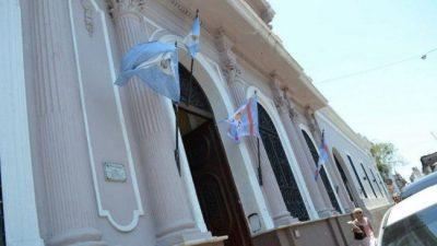 El intendente de Corrientes y su gabinete se recortan los sueldos