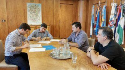 Destinarán fondos a cinco municipios del conurbano bonaerense para la compra de alimentos