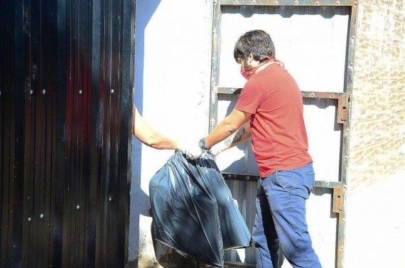 Las familias correntinas del carnaval barrial realizarán barbijos para trabajadores municipales