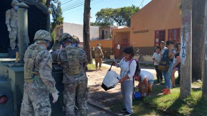"""Ultiman detalles para aplicar una """"cuarentena comunitaria"""" en las zonas más críticas del Conurbano"""