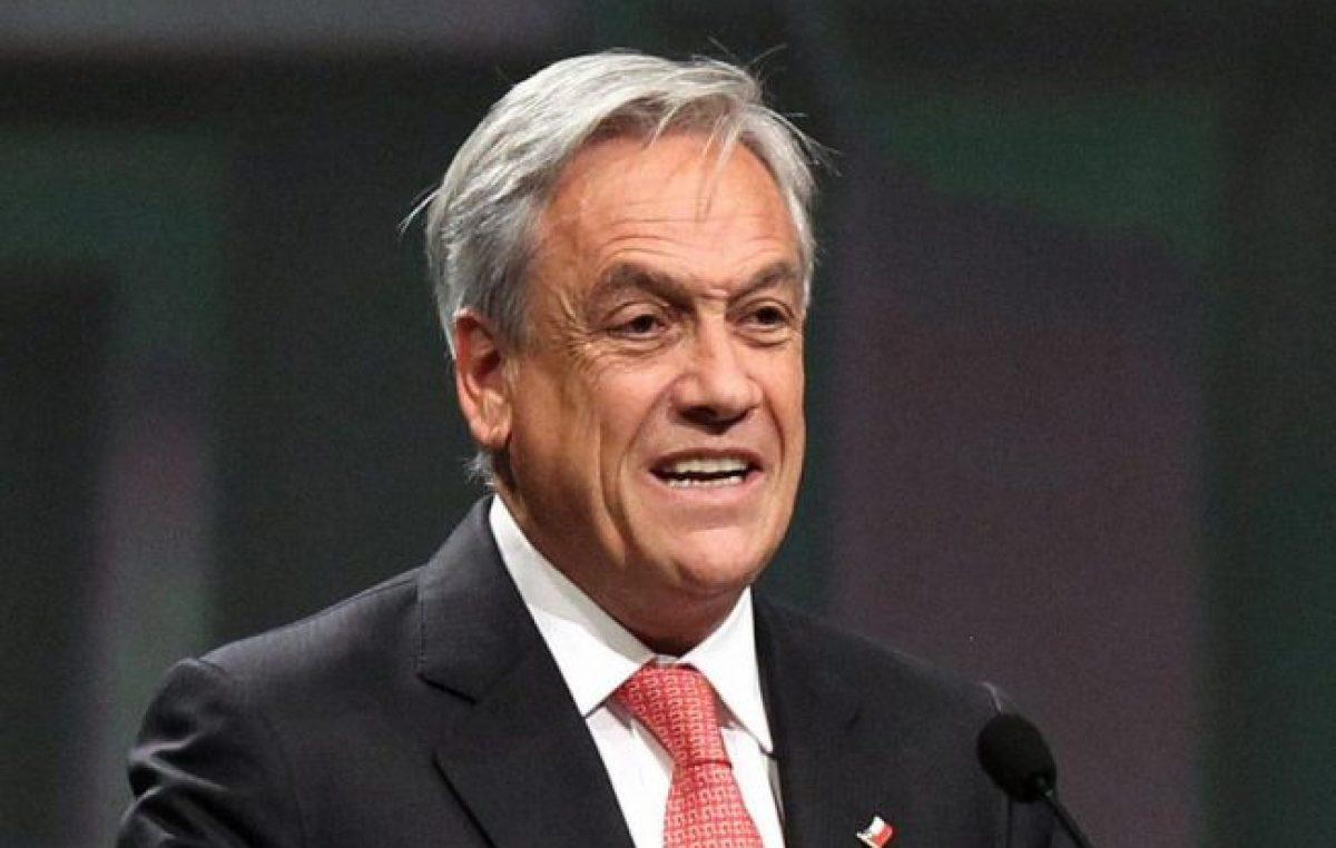 Marchas, barricadas y fogatas contra Piñera