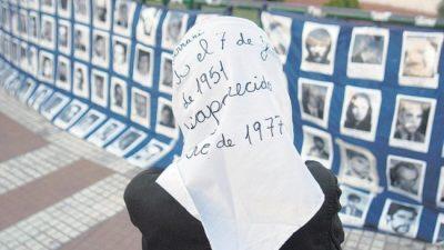 «Con los y las 30 mil como bandera, los pueblos tenemos memoria»