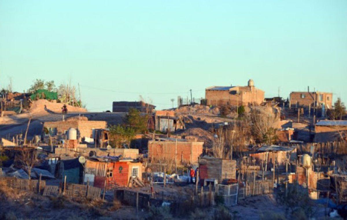 Unas 60 mil personas de Río Negro y Neuquén viven en asentamientos y demandan viviendas