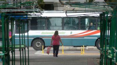 Colectivos: 55 mil pasajeros menos en Bahía y una caída de la recaudación del 90 %
