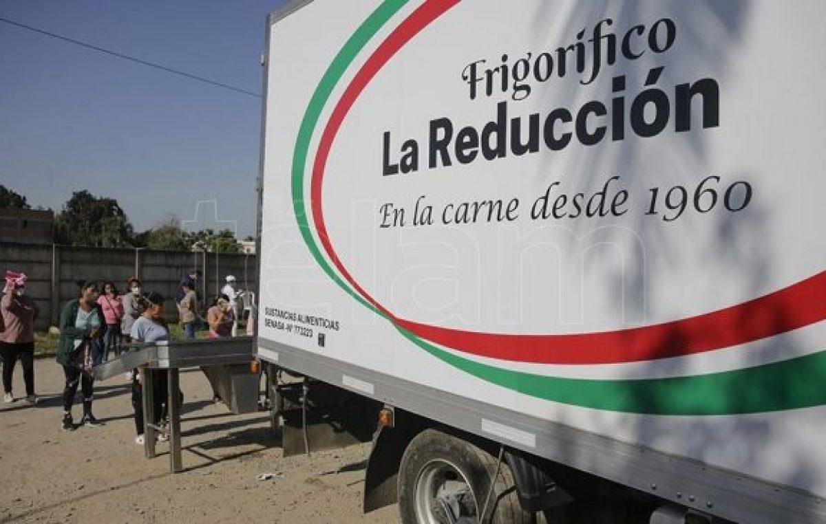 Un frigorífico tucumano regala 3.500 kilos de carne por semana porque «hay que ayudar, no ganar plata»
