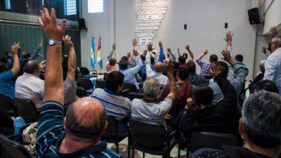 Municipales santafesinos alertan por retrasos salariales en medio de la pandemia