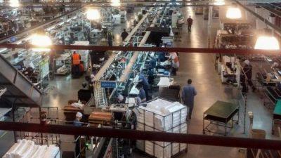 El DNU de Alberto Fernández por la producción y contra los despidos