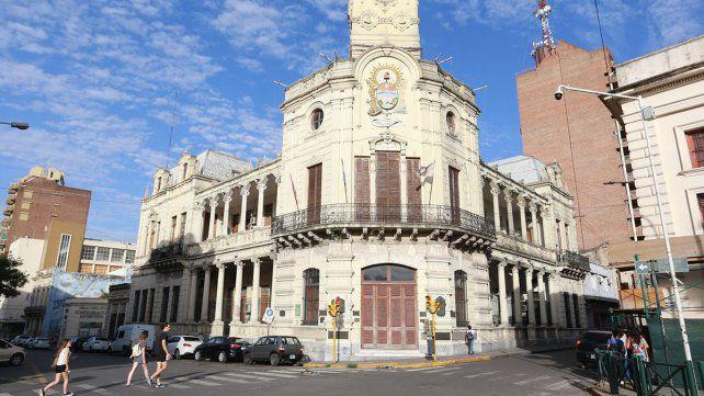 Radicales rechazan despidos en la Municipalidad de Paraná