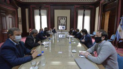 Kicillof e intendentes del Conurbano analizaron la apertura de nuevos rubros y los auxilios a municipios