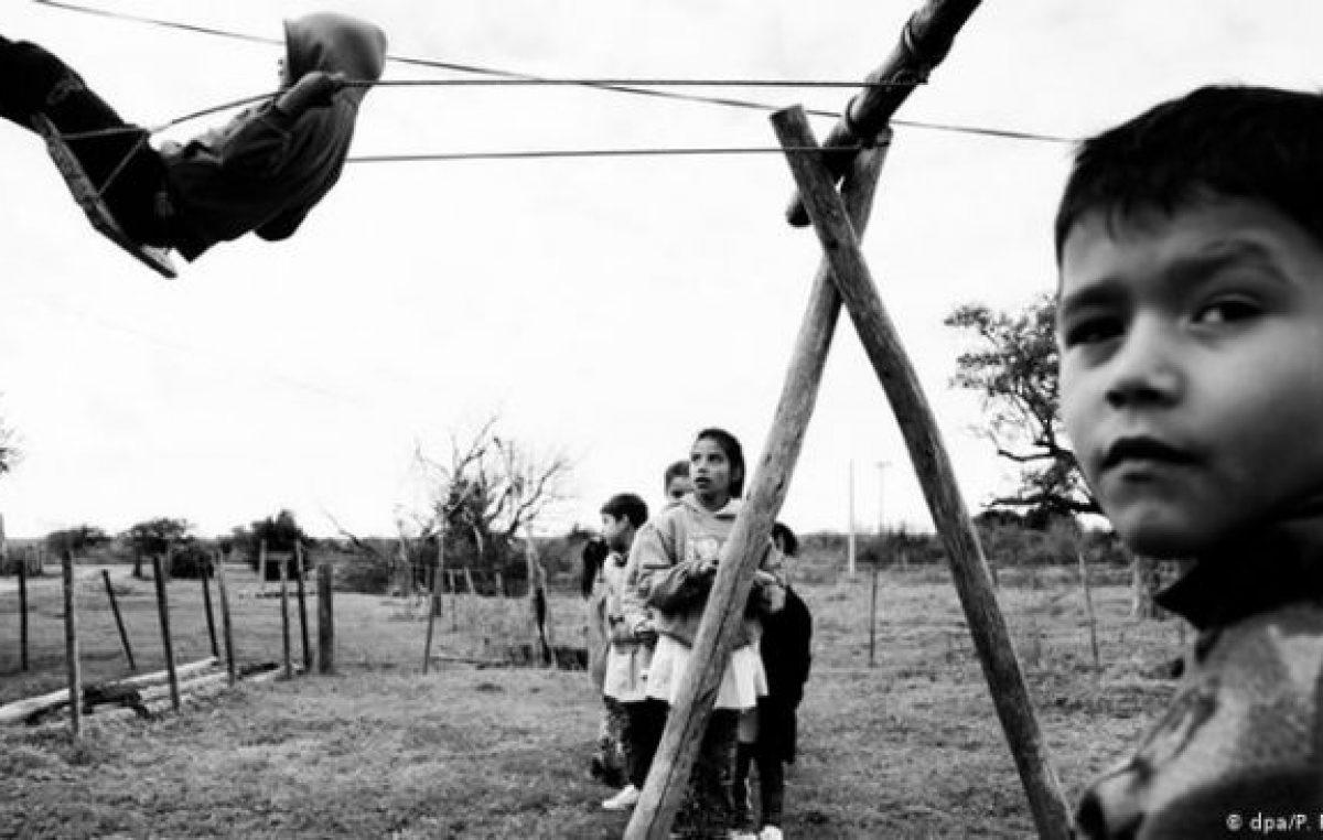 Sin internet y con padres que no saben leer, la realidad de muchos alumnos rurales