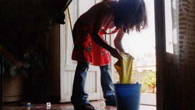 Más de la mitad de las empleadas domésticas cobraron menos o nada durante la cuarentena