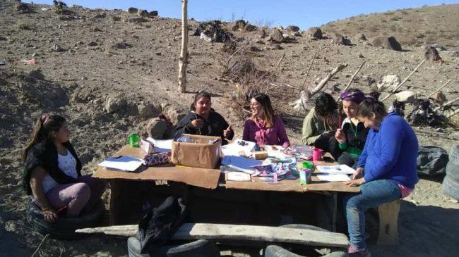 Pasar la cuarentena sin agua: el barrio del basurero de Chos Malal