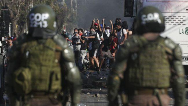 El hambre golpea a los barrios populares de Santiago de Chile