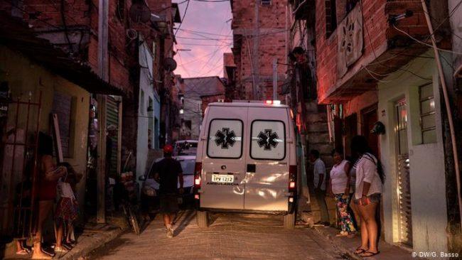 Brasil: las favelas son las que más sufren la crisis por el coronavirus