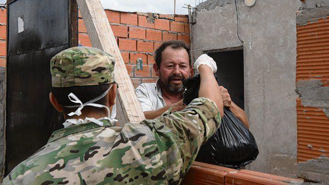 Entregan 145 mil kilos de alimentos en una semana en los barrios rosarinos
