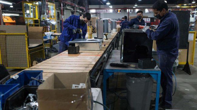 Caída récord del empleo en el primer mes de la cuarentena: se perdieron 186 mil trabajos en blanco sólo en abril
