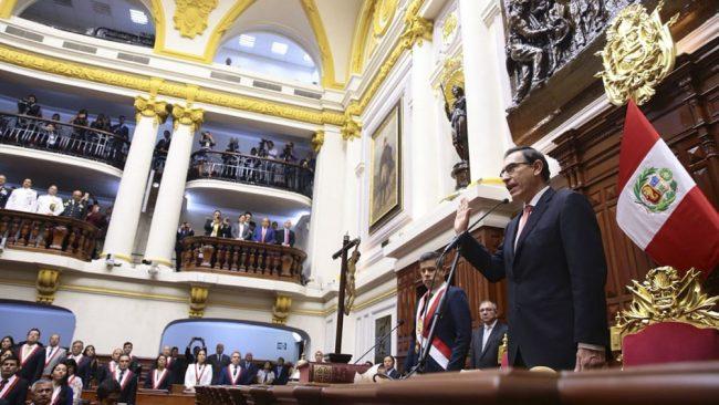 Perú, al borde de otro conflicto de poderes en menos de un año