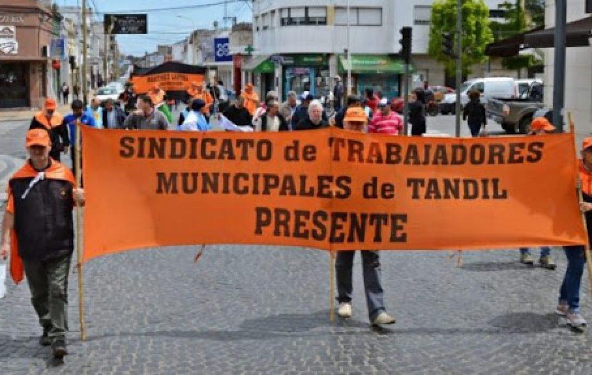 Antes que caduque la conciliación, el Ejecutivo llegó a un acuerdo salarial con los municipales de Tandil