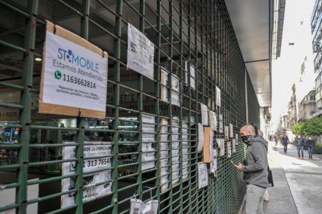 Sin salvataje, agonizan los comercios porteños