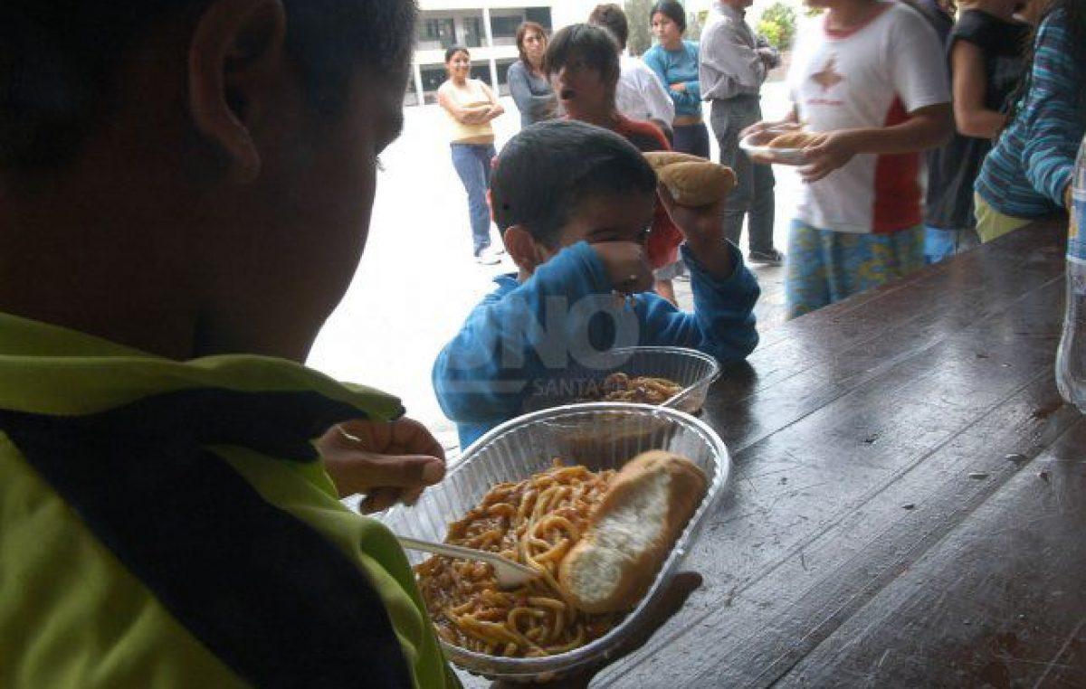 Crece la demanda de familias completas en comedores y merenderos sociales en la ciudad de Santa Fe