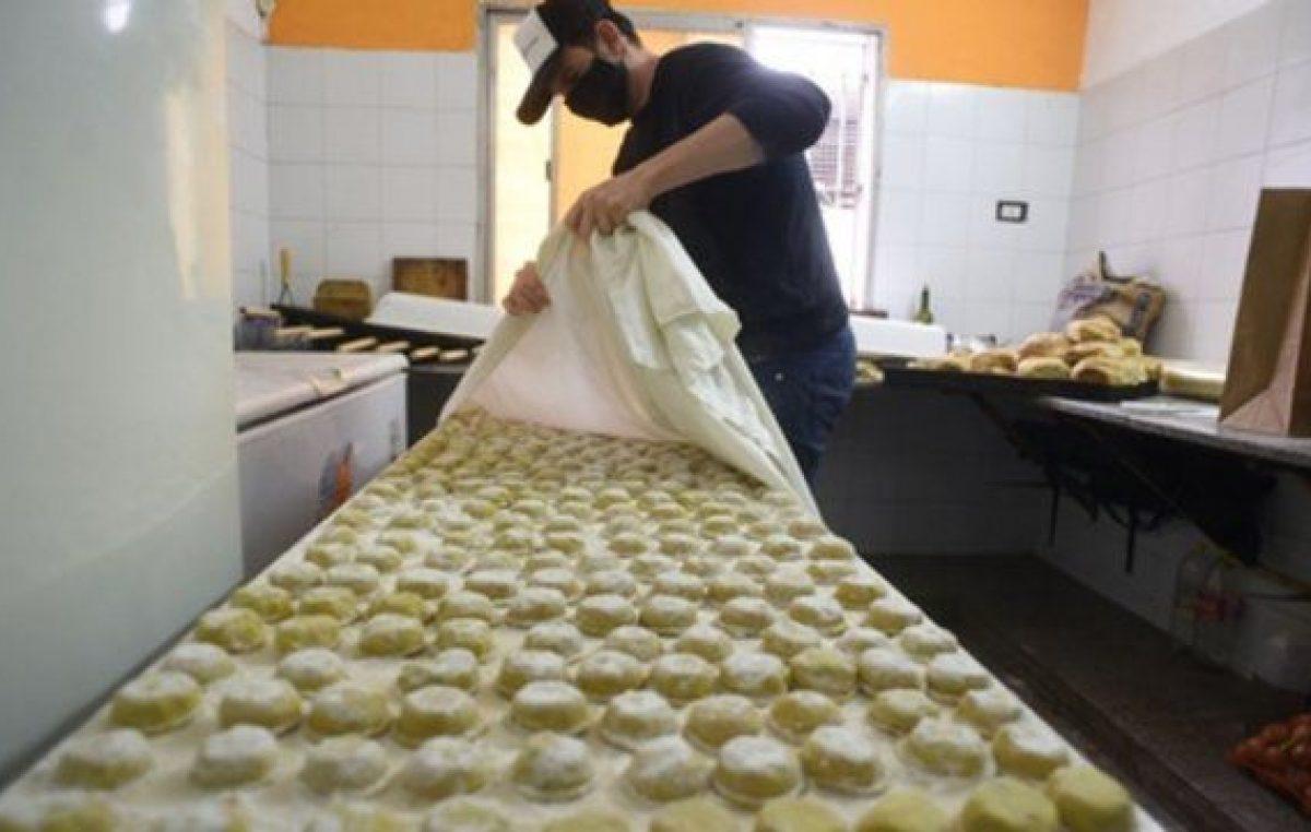 Rosario: Una vecinal creó una fábrica de pastas gourmet en plena pandemia