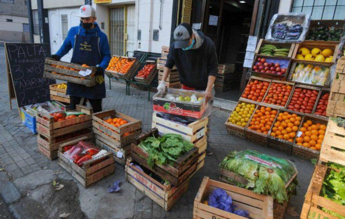 Ya abrieron más almacenes en Rosario y la misma cantidad de verdulerías que en 2019