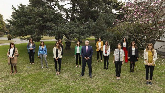 Destacan incorporar, retener y promover a mujeres en cargos de mayor responsabilidad
