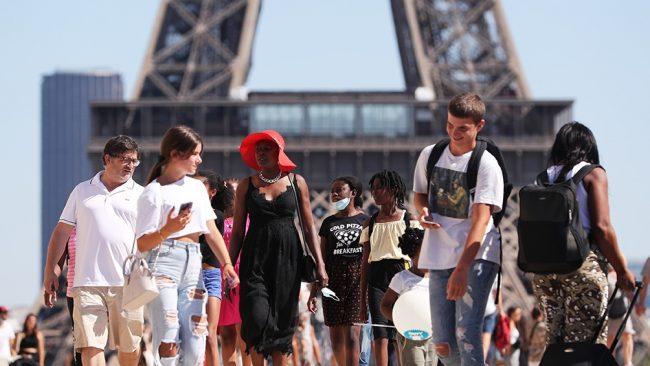 Francia registra pérdidas de 40.000 millones de euros en el sector turístico
