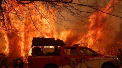Nación envía tres aviones hidrantes y un helicóptero a Córdoba para combatir los incendios