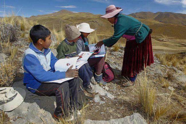 Bolivia dio por terminado el año escolar