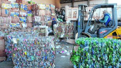 Provincia subsidia a los recicladores de Bariloche