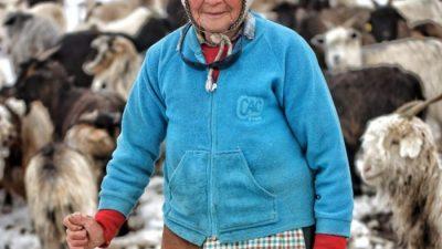 Doña Marcelina: la pasión de una criancera en el norte neuquino