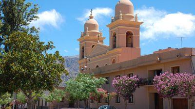 Insólito: en Cafayate quieren cobrar un «impuesto al turista»