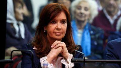 Cristina Fernández: «El país todavía se debe una verdadera reforma judicial»