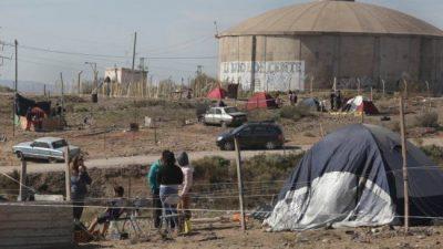 Centenario: una toma crece al calor de los «sin trabajo» de la cuarentena