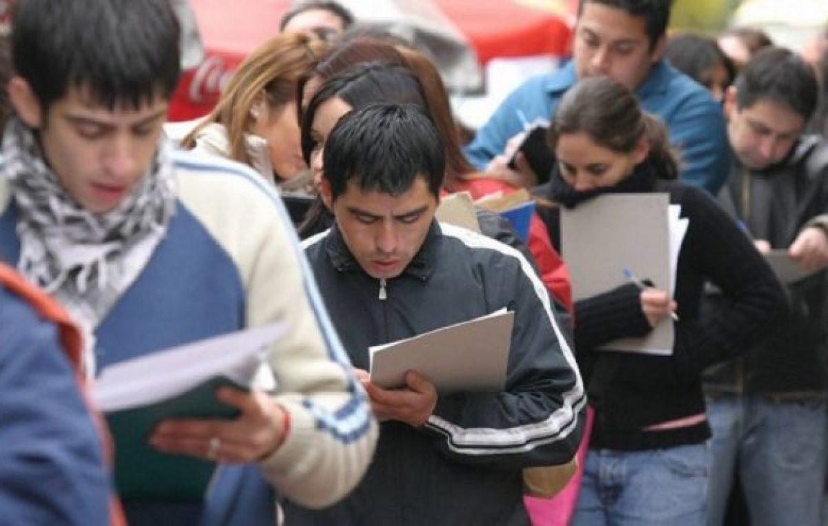 7 de cada 10 jóvenes tienen un empleo informal