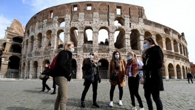 Italia: las estrictas medidas hacen la diferencia frente al coronavirus