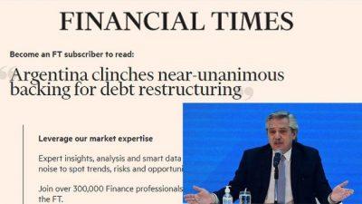 Financial Times destacó el éxito del gobierno argentino en la reestructuración de deuda