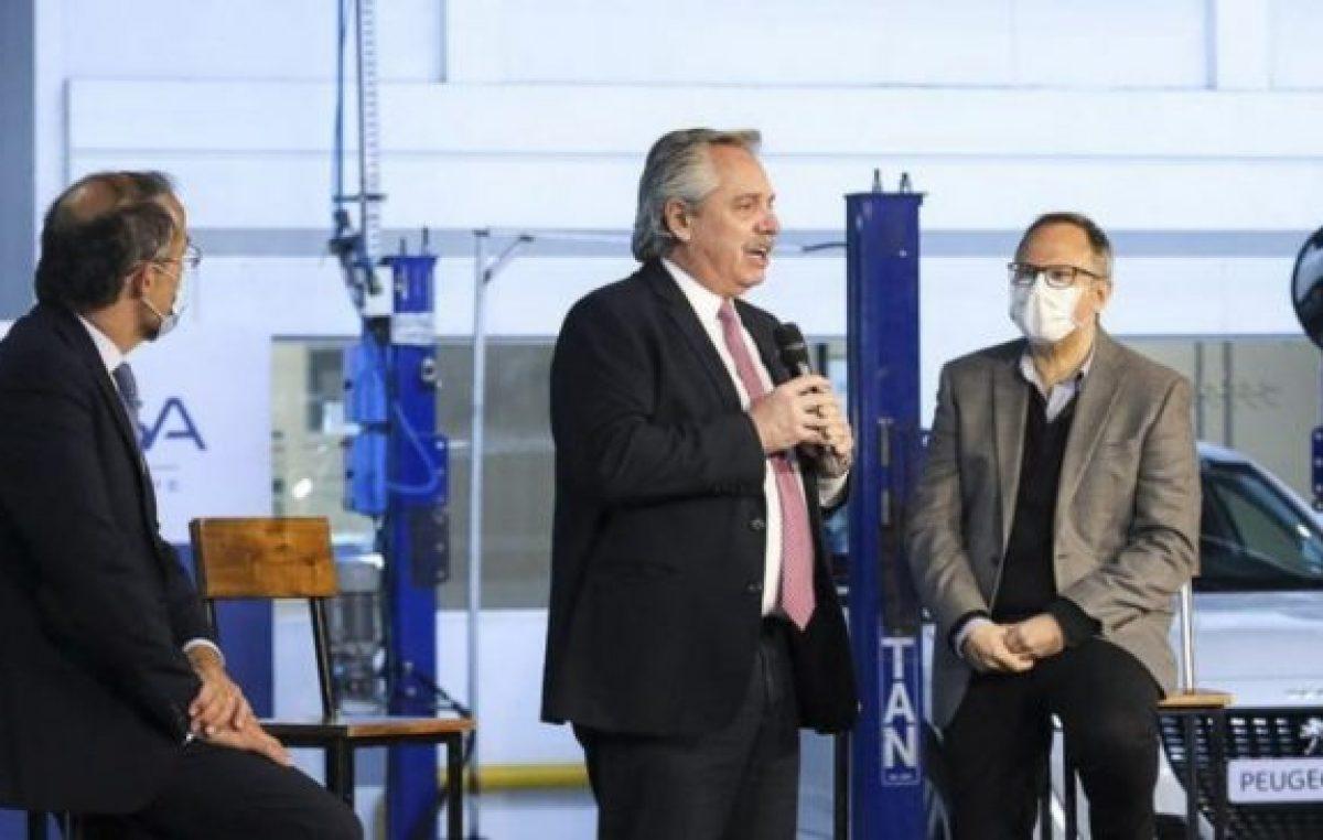 Fernández pidió «recuperar» la economía productiva y criticó la «especulación» financiera