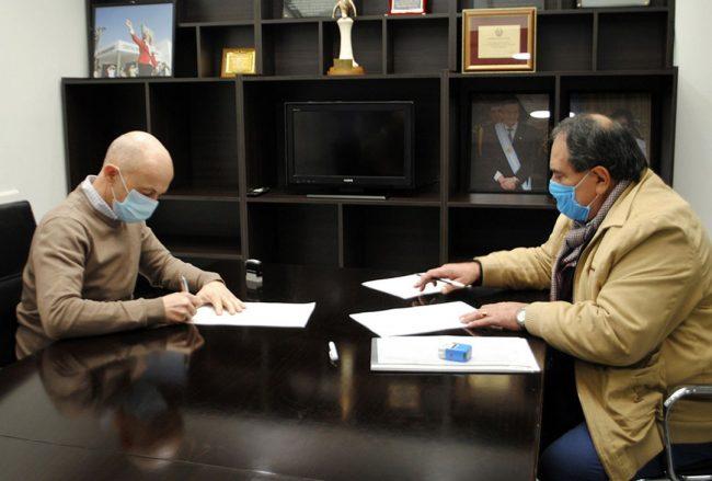 Río Gallegos: Cotillo y Carrizo firmaron un acta acuerdo para las recategorizaciones municipales