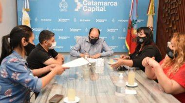 Catamarca: acordaron un aumento de 3.500 pesos para los empleados municipales